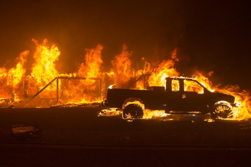 157'000 Menschen fliehen vor Waldbrand in Kalifornien