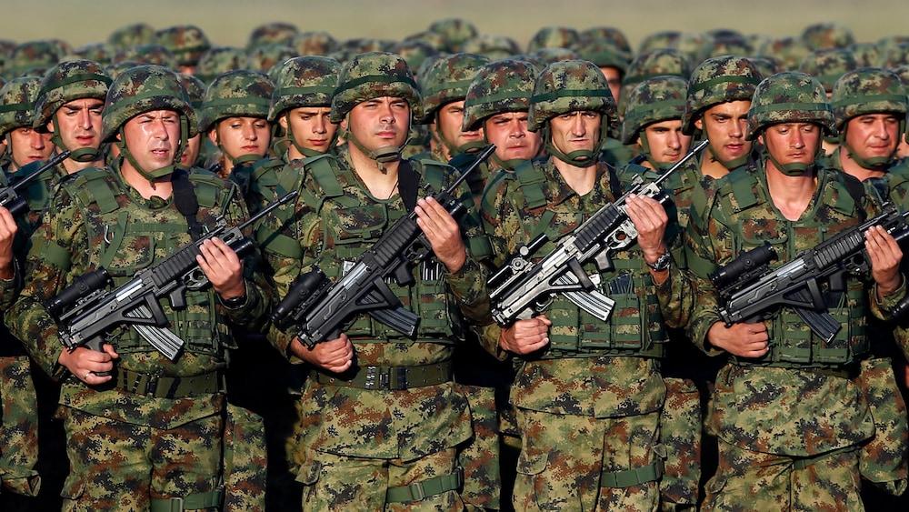 Armee-Aufbau: Serbien droht Kosovo mit militärischer Gewalt