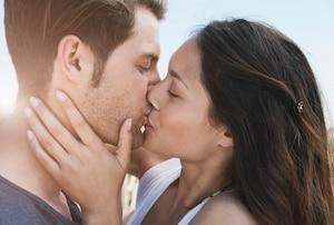 Bedeutung am hals küssen Wie küssen