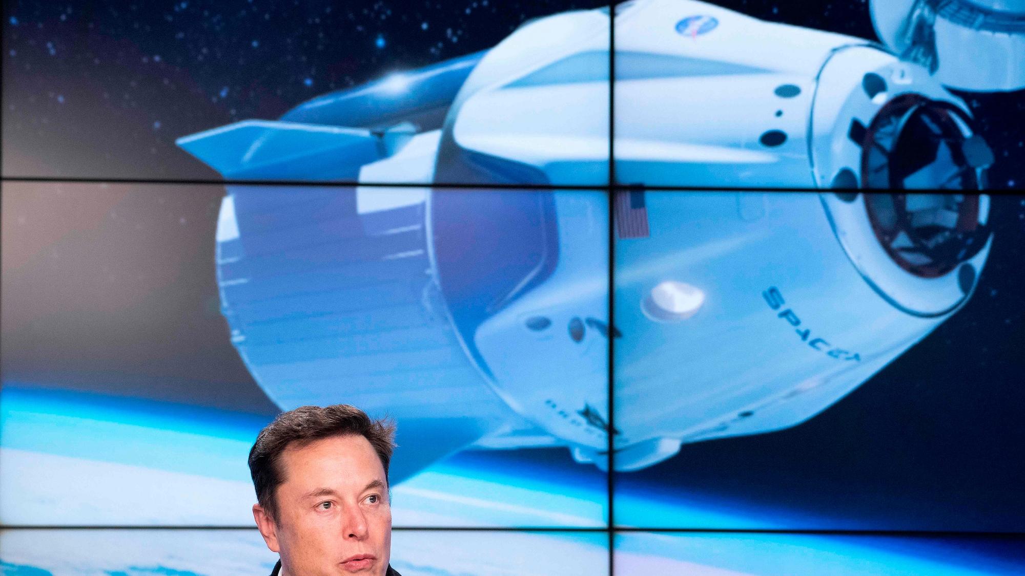 Elon Musk und Co wollen sich ins Weltall katapultieren: Multi-Milliardäre machen der Nasa Konkurrenz