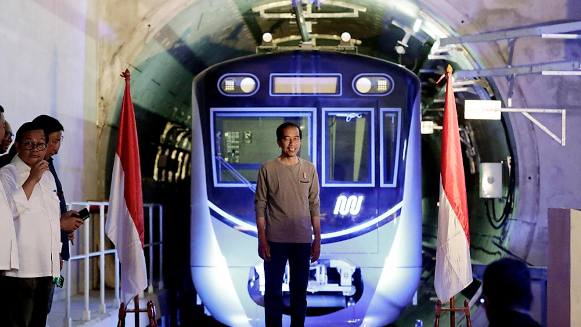 Indonesien: Indonesiens Hauptstadt nimmt Stadtbahn in Betrieb