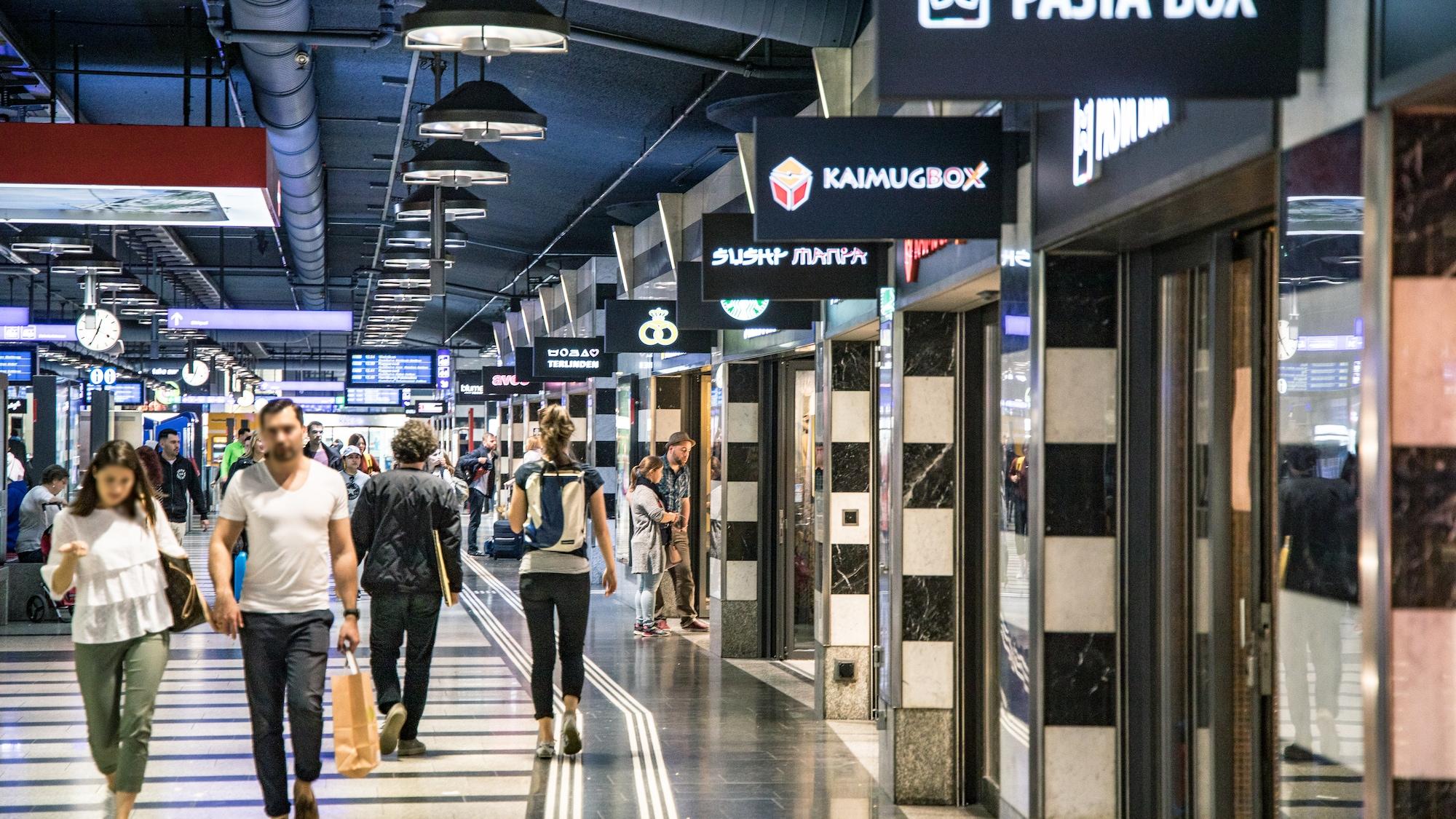 Bahnhöfe werden mit Musik beschallt: SBB wollen mit Musik die Shopping-Laune heben