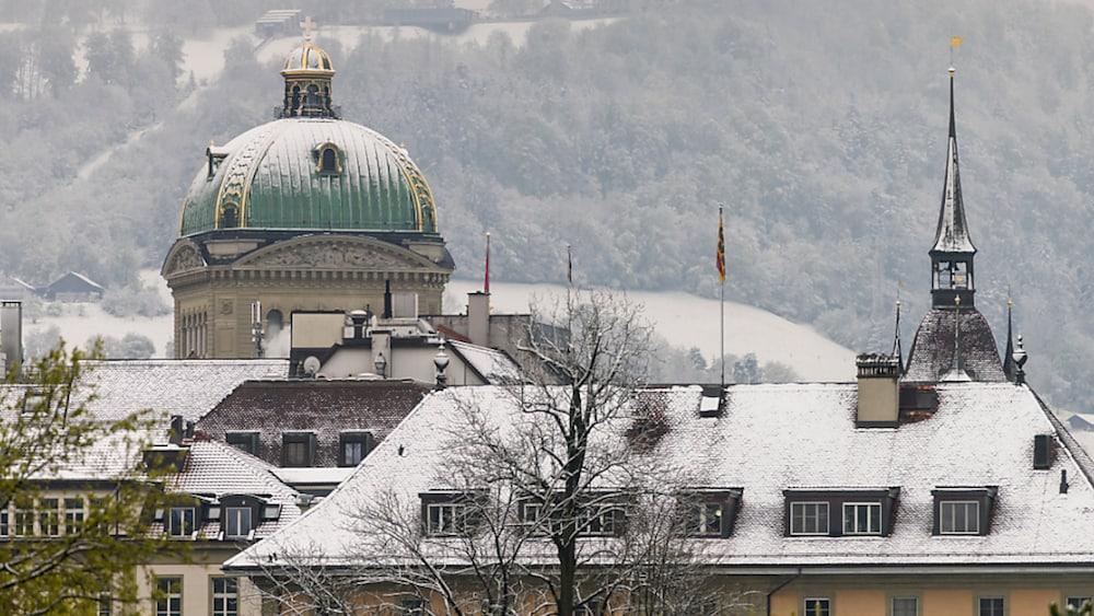Mancherorts historischer Schneefall im Mai – Blick