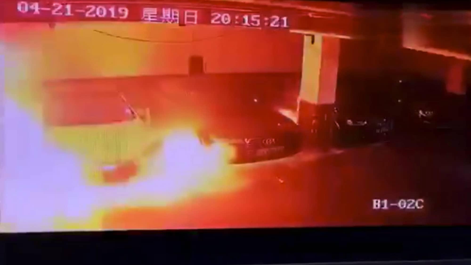 Bereits der zweite Fall in China: Erneut explodiert ein Tesla Model S