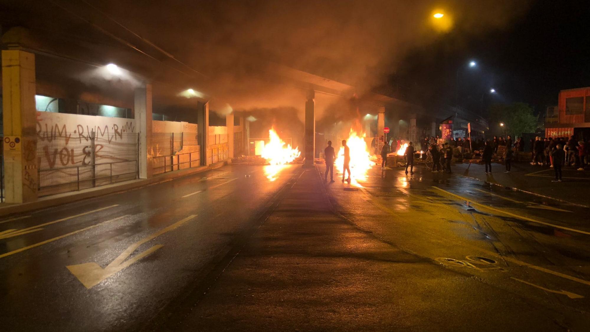 Ausschreitungen bei der Berner Reitschule: Brandanschläge und Angriffe auf Polizei