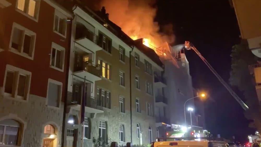Brand im Zürcher Seefeld: Wohngebäude stand in Flammen