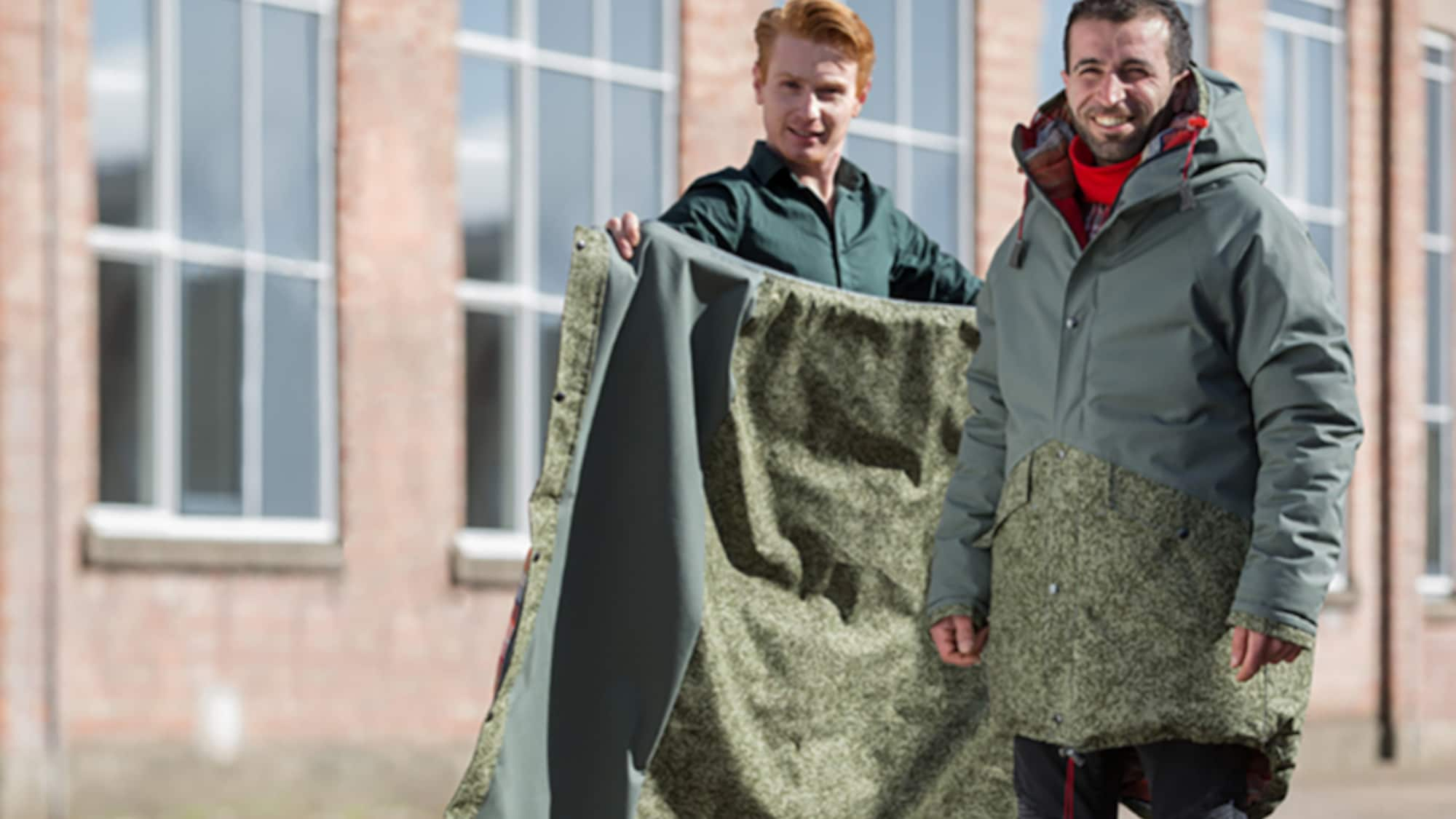 Gute Idee für Open-Air-Abfall: Niederländer macht aus Abfall Schlafsäcke für Obdachlose