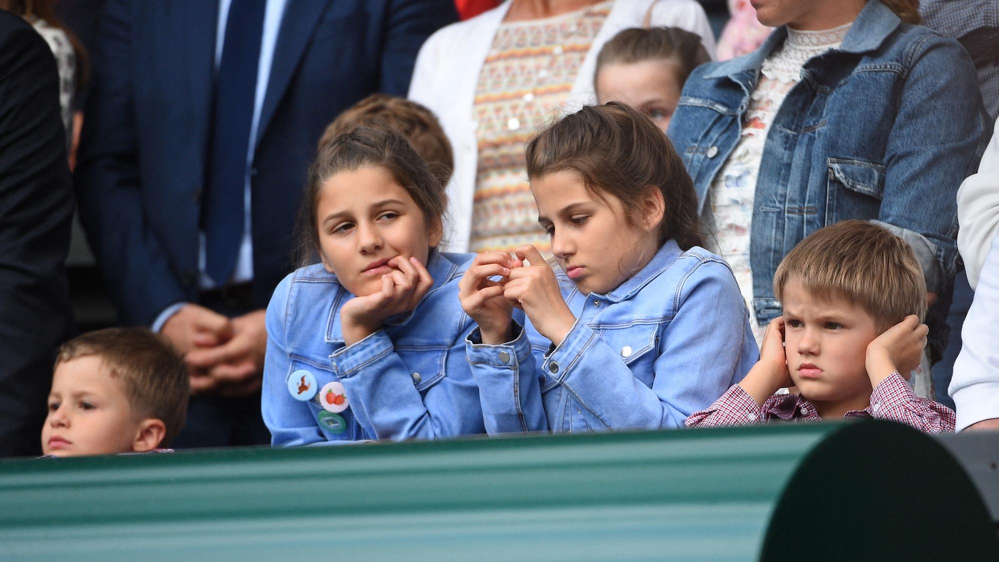 Federer-Twins Charlene und Myla werden 10 Jahre alt: Sogar Roger konnte sie nicht immer unterscheiden