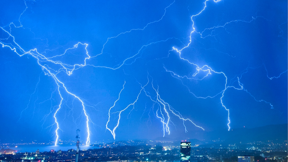 Schweiz stellt in diesem Jahr Rekord von Blitzeinschlägen auf – Blick