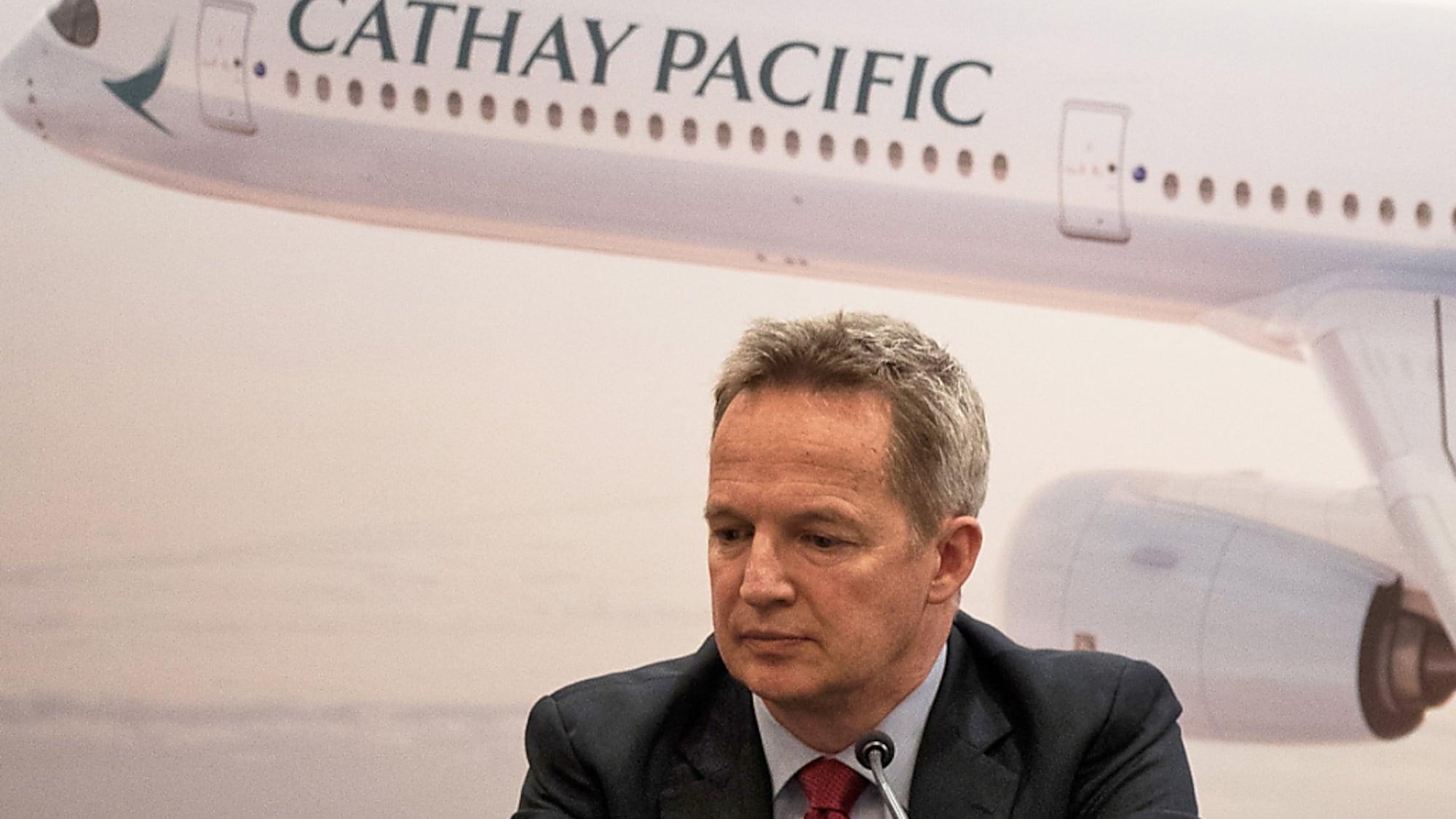 Massenproteste in Hongkong: Chef von Cathay Pacific tritt nach Druck aus Peking zurück