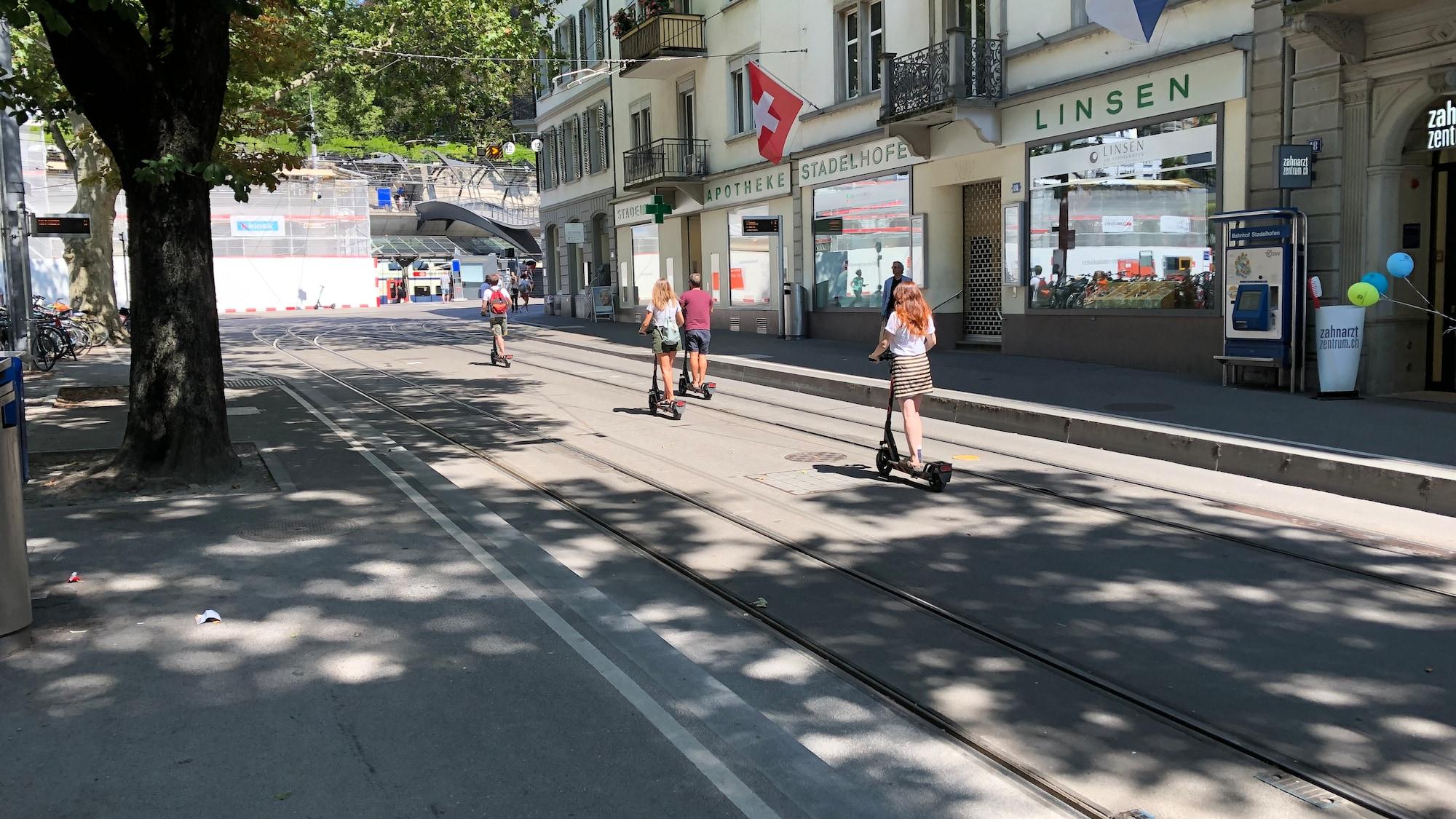 Experten zur Offensive mit den Leih-Scootern: «E-Trottis lösen das Verkehrsproblem nicht»