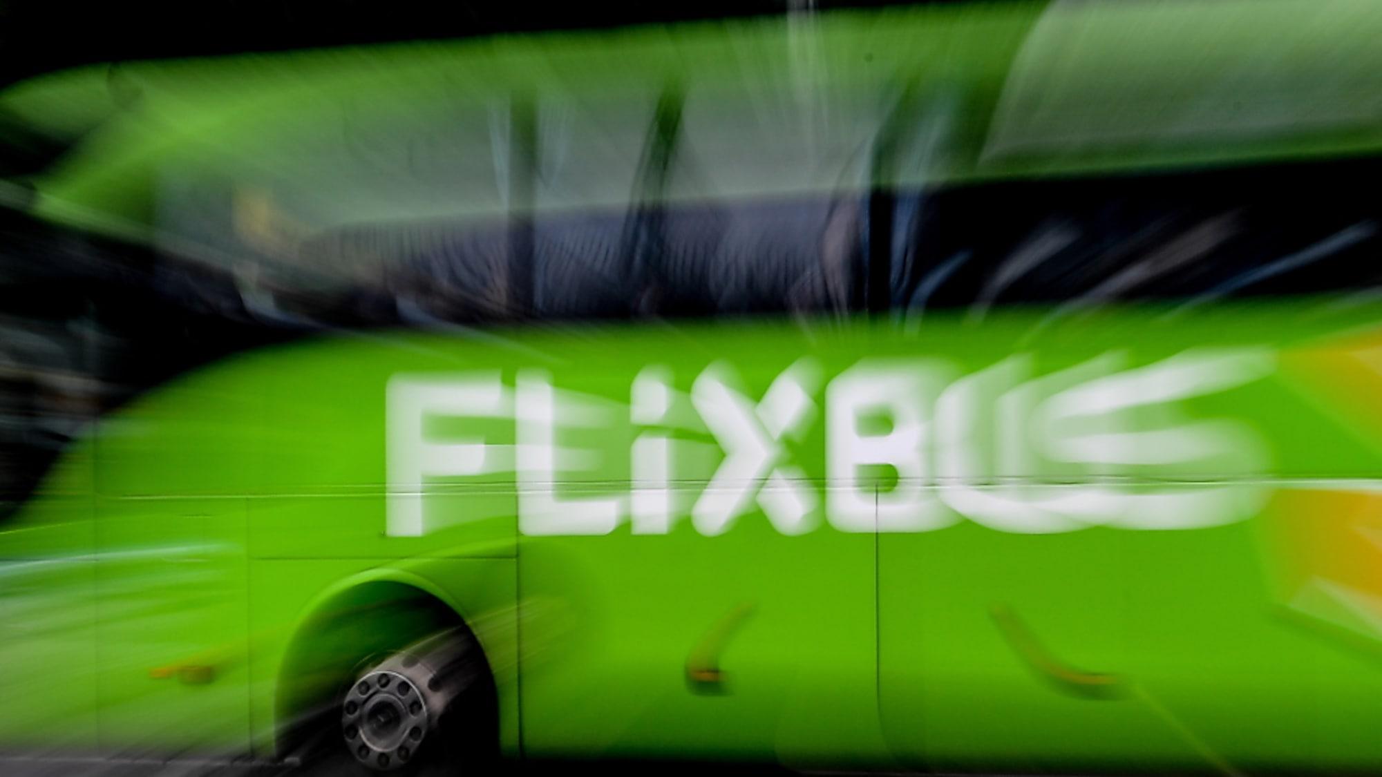 Deutschland: Flixbus fordert Gespräch über Gratisfahrten für Soldaten in Uniform