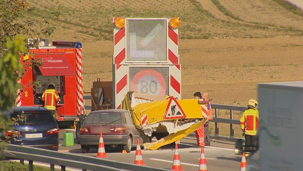 Stau: Auto kracht in Autobahn-Baustelle bei Frauenfeld