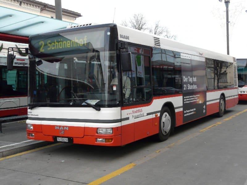 Besoffener (29) verletzt Chauffeuse, will Stadtbus klauen