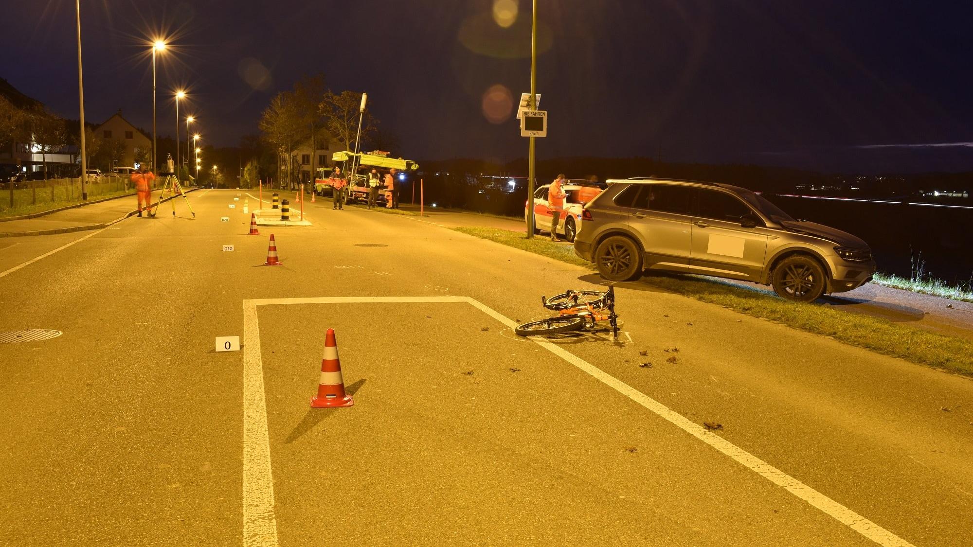 Er war mit dem Velo unterwegs: Bub (10) in Gundetswil ZH von SUV überfahren