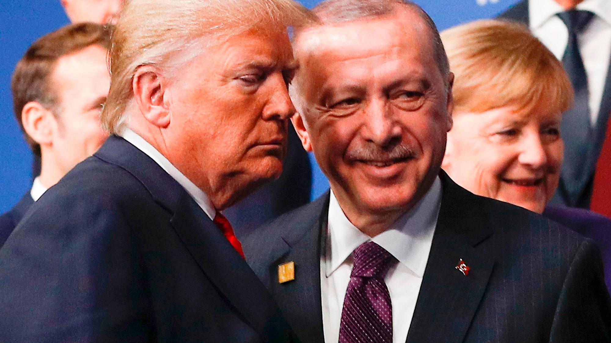 Make-up von Zuger Firma macht US-Präsidenten orange – Chefin sagt: «Trump trägt etwas zu dick auf»