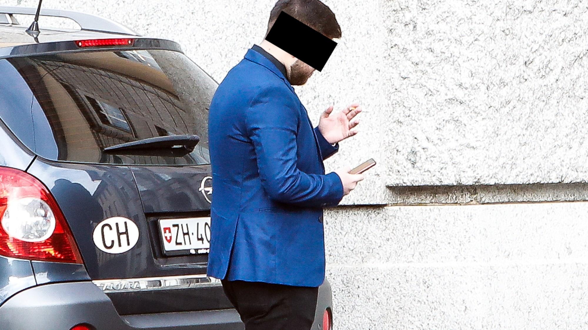 Schläger kommt mit blauem Auge davon: Sandro L. (19) prügelte Teenager spitalreif – wegen 20 Fr