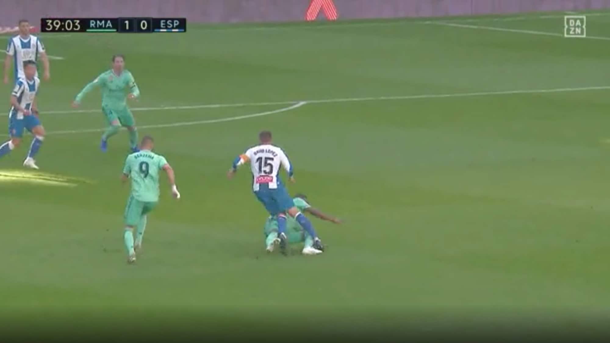 Bei Real-Sieg gegen Espanyol: Müsste Vinicius hier vom Platz gestellt werden?