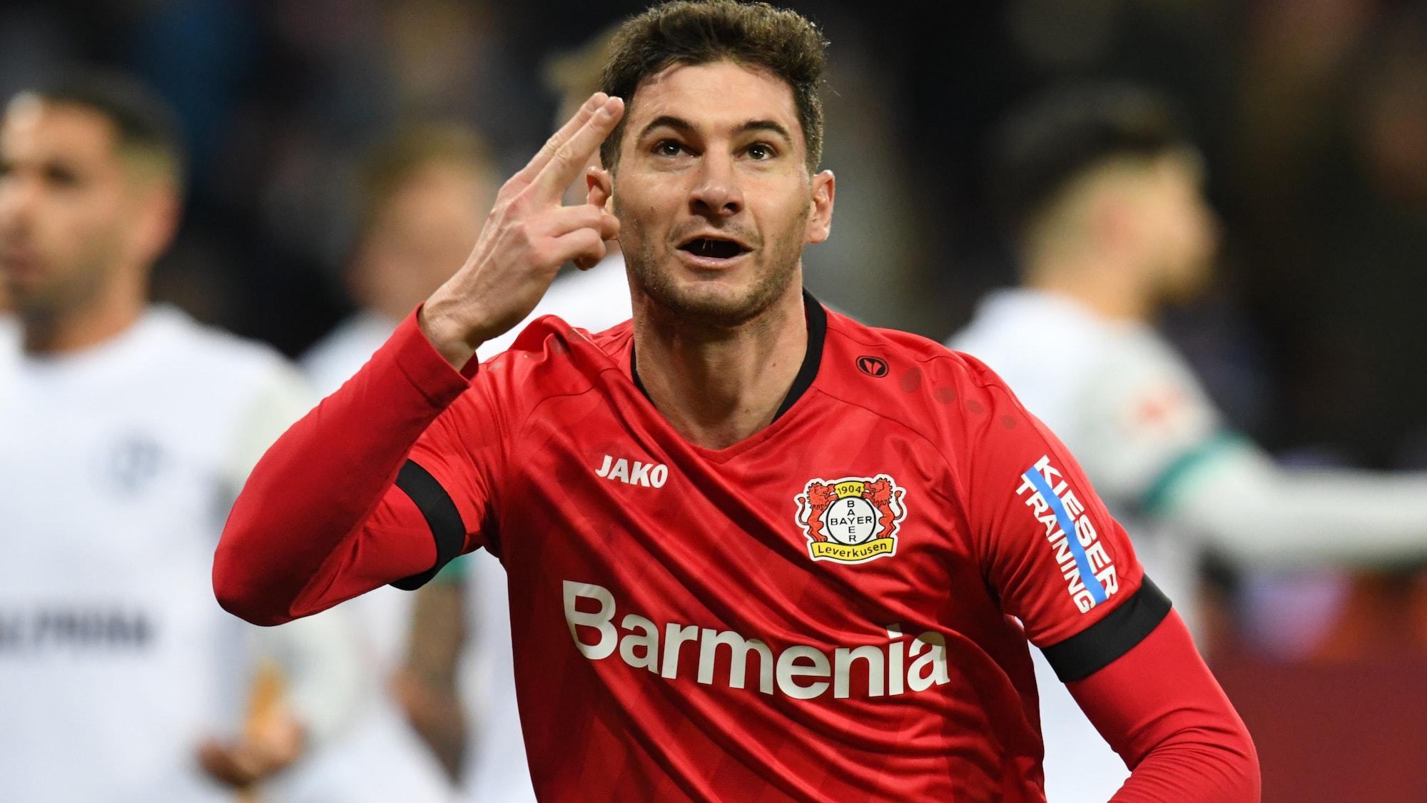 Sieg gegen Schalke: Leverkusen kombiniert – Alario trifft doppelt