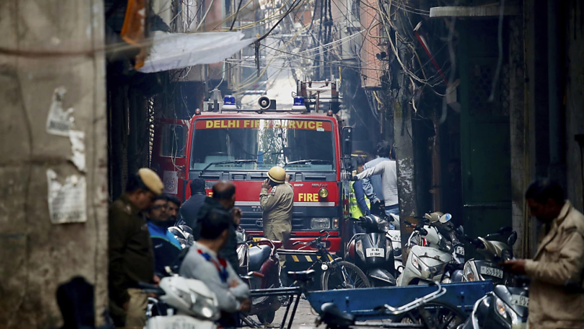 12700 Euro pro Opfer: Mehr als 40 Tote bei Brandkatastrophe in Neu Delhi