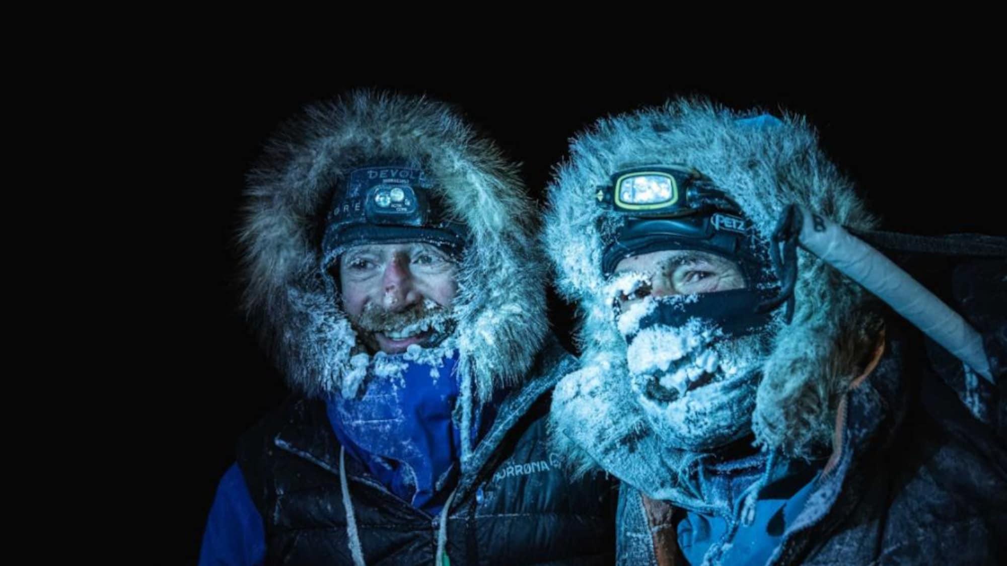Arktis: Extremsportler überqueren Nordpolarmeer auf Skiern