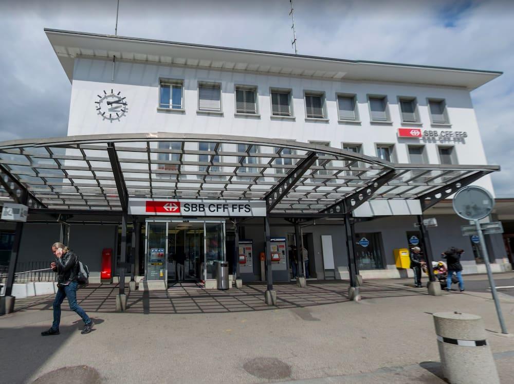 Bewaffnete überfallen SBB-Schalter am Bahnhof Burgdorf