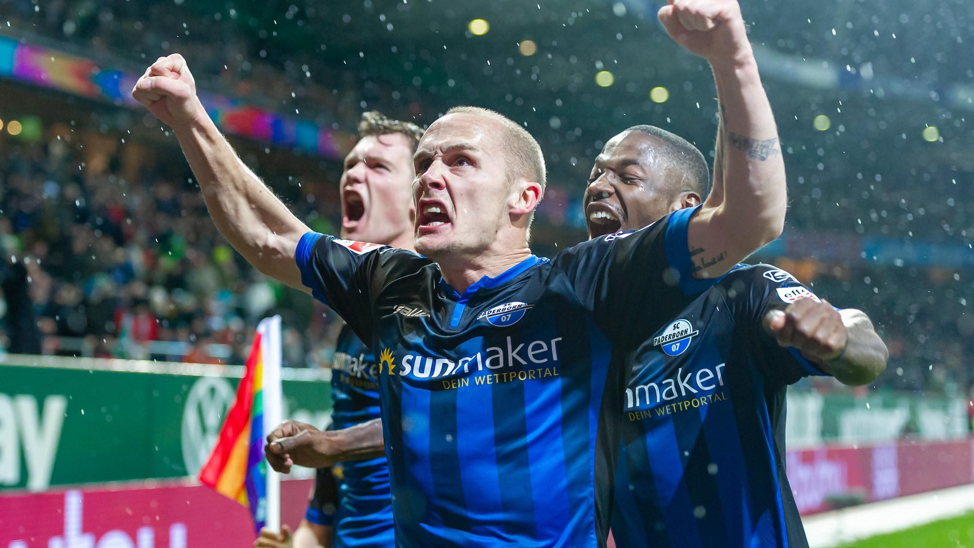 Drama-Sieg dank VAR: So irre gewinnt Paderborn gegen Bremen