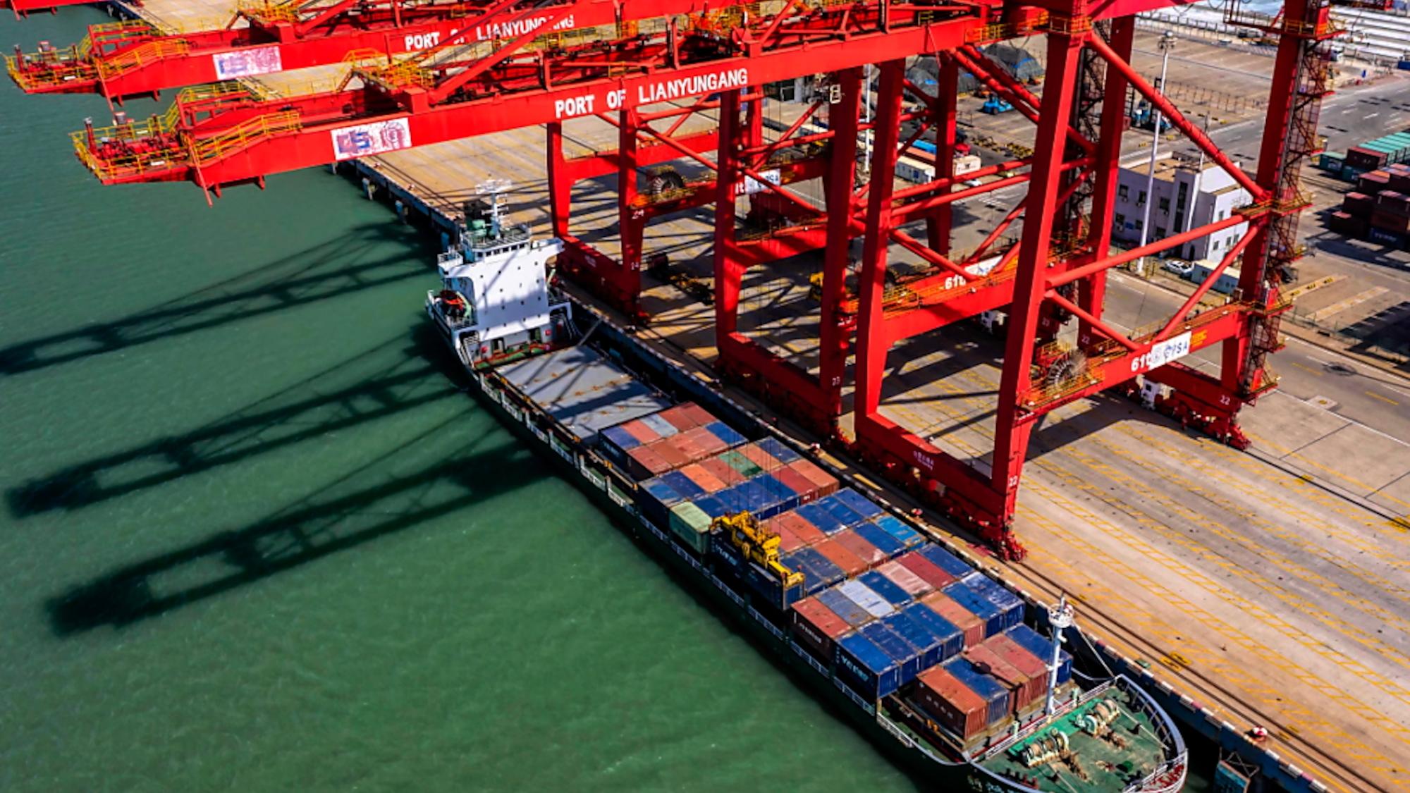 Handelspolitik: USA und China einigen sich in Handelsstreit auf Teilabkommen