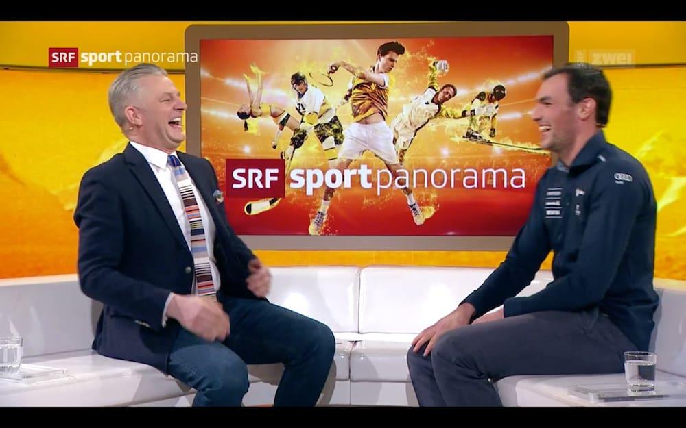"SRF presenter Salzgeber (l.) And Daniel Yule have fun in the ""sport panorama""."
