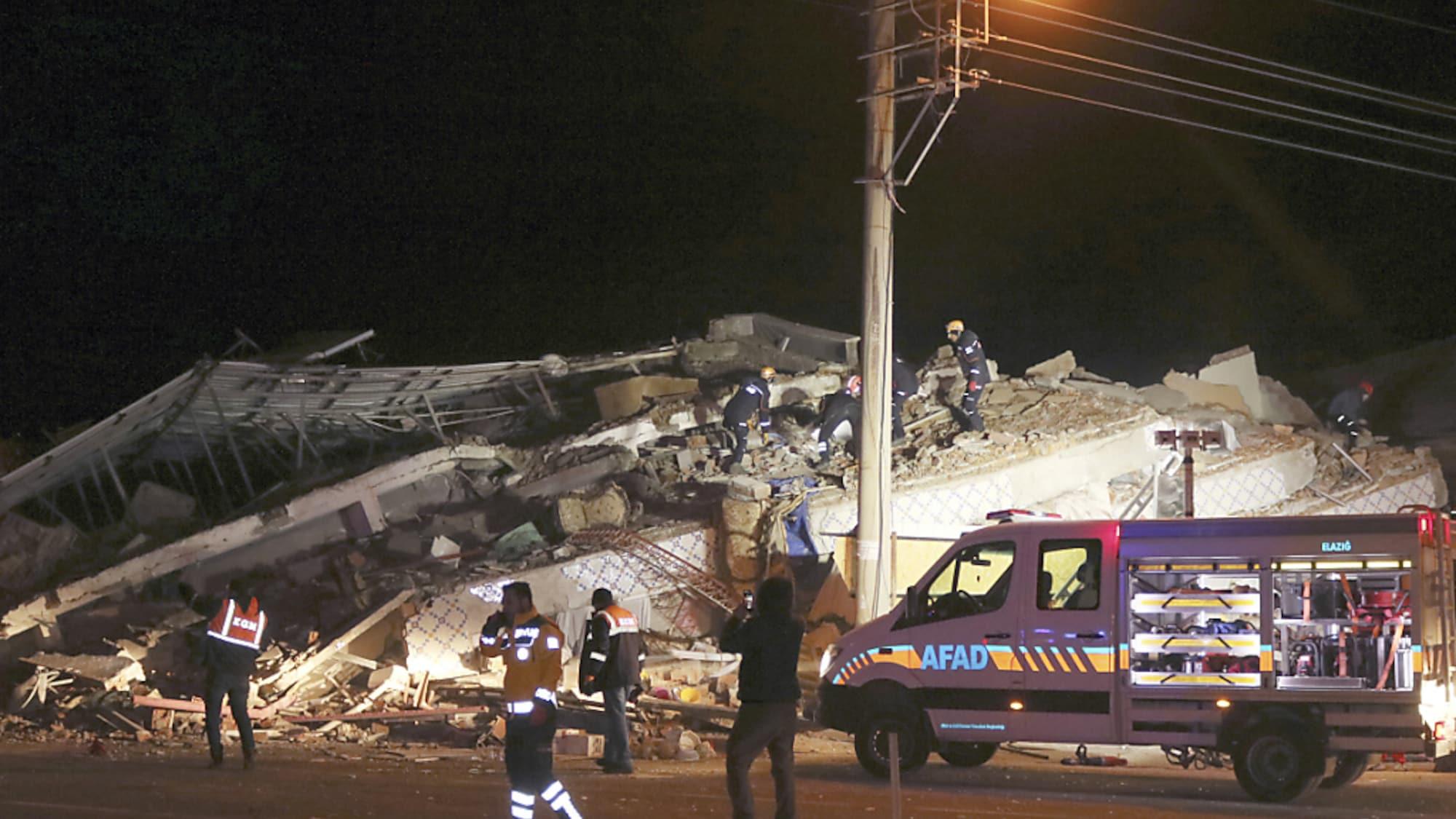 Erdbeben: Zahl der Erdbebentoten im Osten der Türkei steigt auf 19