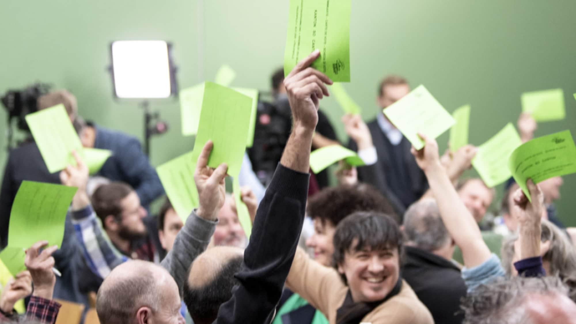 Parteien: Grüne verabschieden Resolution für sozialen Klimaschutz