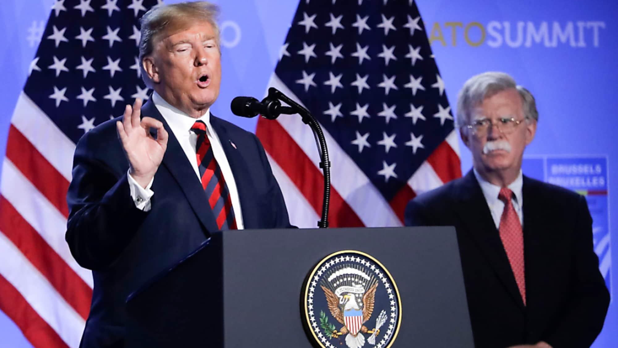 USA: Ex-US-Sicherheitsberater Bolton belastet Trump in Ukraine-Affäre