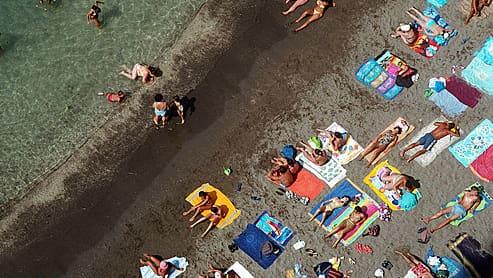 Sardinien: Nur noch 1500 Personen dürfen auf den Traumstrand - Blick