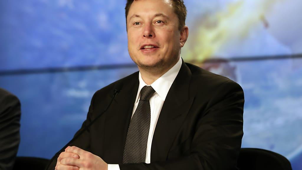 Elektroautos: Tesla-Chef Elon Musk erhält Vergütung von 775 Millionen Dollar