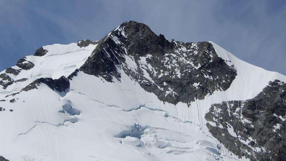 unfall-am-piz-bernina-gr-alpinist-56-st-rzt-400-meter-in-den-tod