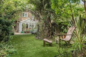 Rolling-Stones-Gitarrist Ronnie Wood verkauft seine Villa - Blick