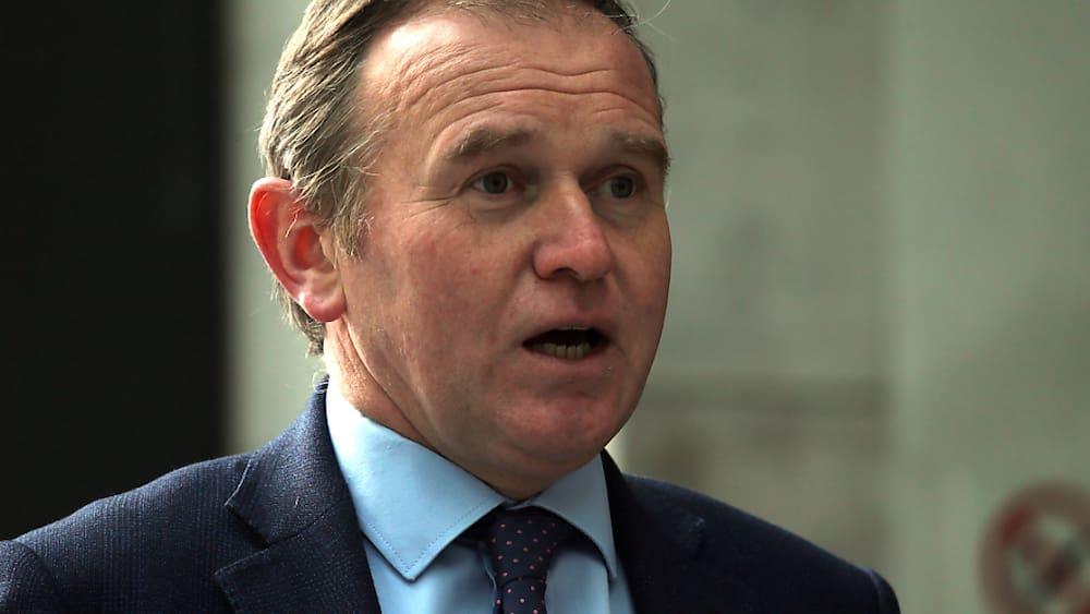 Fall-Greensill-Minister-nimmt-Ex-Premier-Cameron-in-Schutz