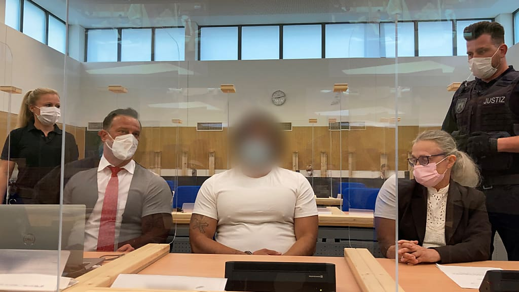 Birgit Reichert/dpa Foto: Birgit Reichert/dpa - ACHTUNG: Der Angeklagte wurde aus rechtlichen Gründen gepixelt