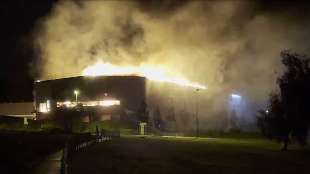Riesiger Sachschaden nach Brand in Recycling-Anlage in Glattbrugg ZH