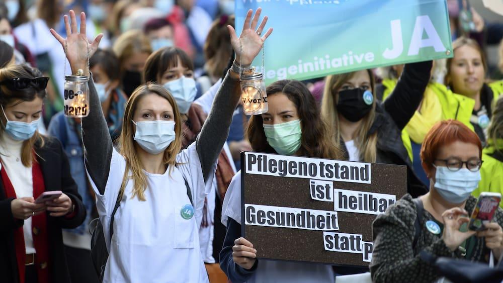 Pflegeinitiative: Anliegen des Gesundheitspersonals kommt gut an - Blick