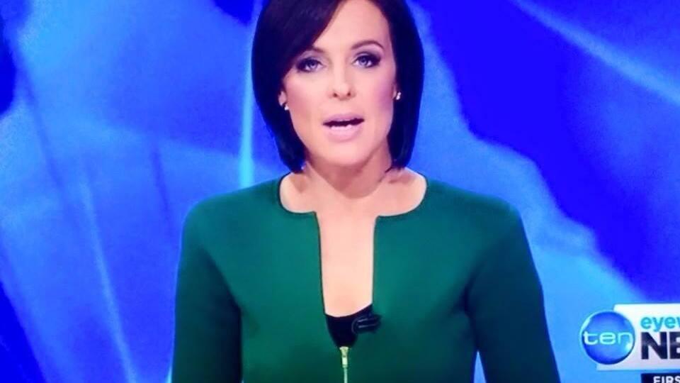 Sehen Sie ihn?: Diese Moderatorin trägt einen Penis - Blick