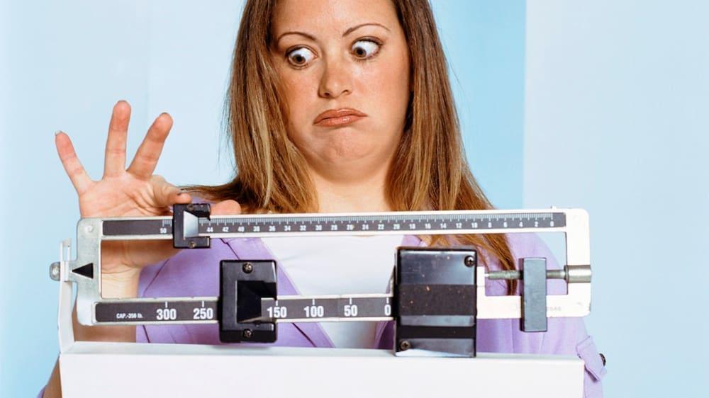 gewicht bleibt stehen trotz diät und sport