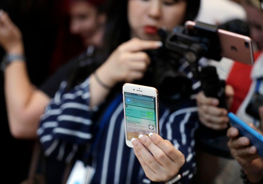 apple limitiert verkauf wann kann man iphone 8 kaufen. Black Bedroom Furniture Sets. Home Design Ideas