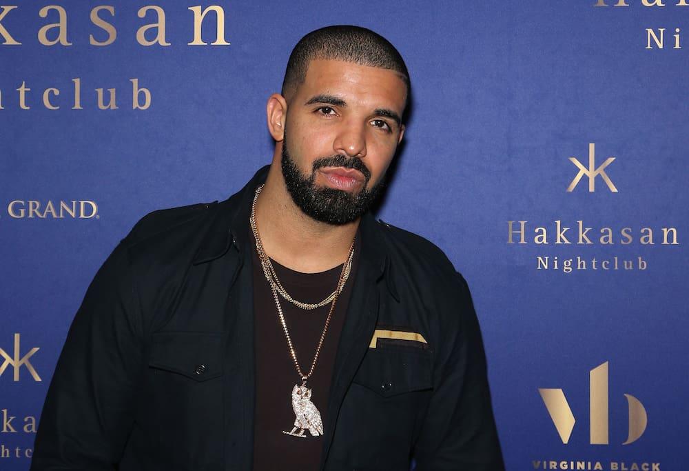 Drake-Dating-Profil Cute Profil-Schlagzeilen für Dating-Seiten