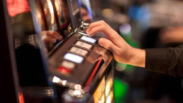 Play free bet blackjack online