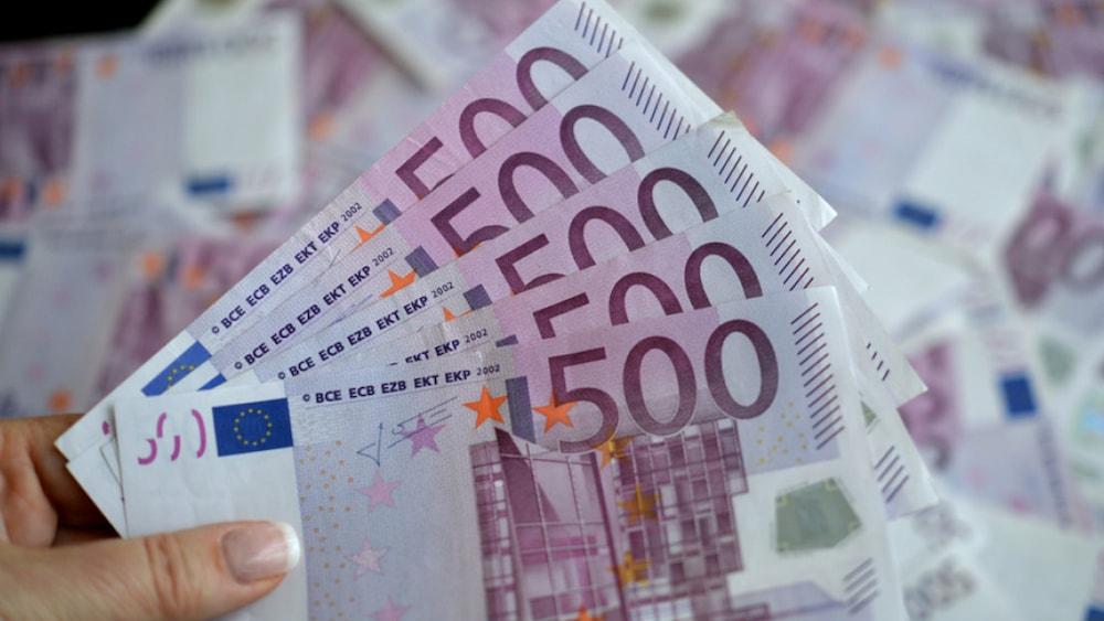 Putzfrau Und Kochin Durfen 26 000 Euro Vom Geneva Wc Behalten